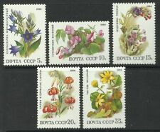 Timbres de Russie et d'URSS sur fleurs