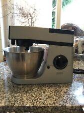 Kenwood Chef electronic Küchenmaschine mit Zubehör, Mixer, Knethaken, usw. ...