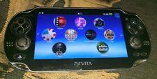 Sony Playstation Vita console PSVITA firmware 3.67 ottime condizioni + 4GB di memoria