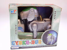 """Cyper Dog"" la Cina, plastica, 12cm, BATTERIA OK, NUOVO/NEW/Neuf in box!"