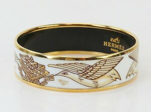 Auth HERMES Goldtone and White Birds Design Enamel Bangle Bracelet PM #40580