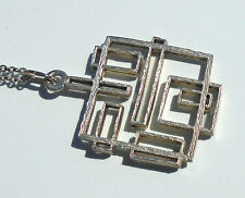 Vintage 1960´s silver pendant with silver chain.