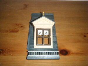 Playmobil toit fenêtre chien assis avec ornement doré pour maison 5300