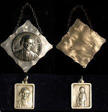 2 Médailles CURE D'ARS recto-verso,  Nacre  - métal argent