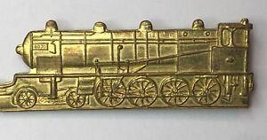 Vintage Brass Steam Locomotive Railway Engine pin badge 6.5 x 2 cm's