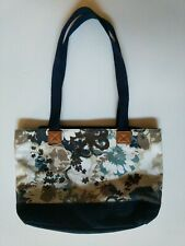 Thirty-one Womens Medium size Fabric Purse bag Navy Blue zip top Floral Flowers