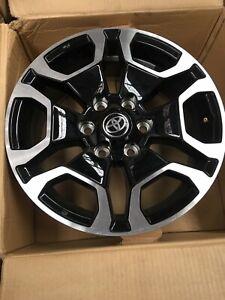 18 inch Genuine TOYOTA NEW SHAPE HILUX 2020 MODEL SR5 ALLOY WHEEL