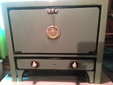 Vintage Small Portable Electric Countertop Size Stove Oven With Pull-Out Burners