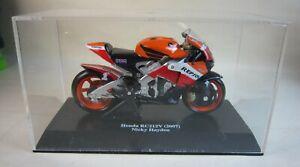 NewRay Diecast Honda RC212V (2007) Nicky Hayden Motorcycle Toy 1:18 Scale