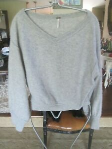 FREE PEOPLE CASHMERE SWEATER, LOT OF 2, GRAY & BEIGE V NECK, SZ S