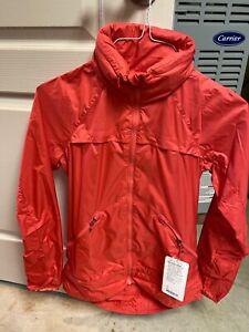 NWT Lululemon Miss Misty Jacket Windbreaker Atomic Red Packable Hood SIZE 6