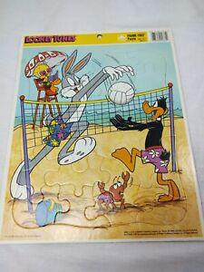 1990 Looney Tunes Frame Tray Puzzle Bugs Bunny Daffy Duck Tweety Bird Vintage
