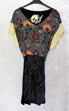 Desigual Damenkleider mit V-Ausschnitt