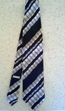 Vintage ARMANI COLLEZIONI 100% Silk 'Wavy Stripe' Tie -  Made in Italy!