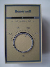Honeywell Thermostat Celsius T651A3026 Med. Duty Line Voltage Heat/Cool NEW $95
