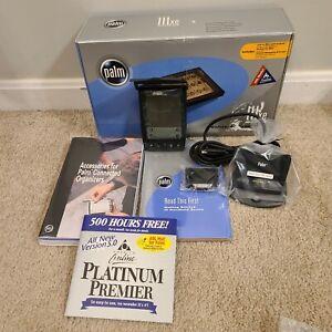 Brand New PalmOne IIIxe Personal Handheld Organizer Original Box - Complete Kit