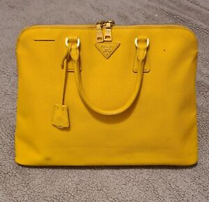 Pre Owned PRADA YELLOW SAFFIANO LEATHER LARGE ZIP TOTE
