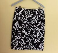 Calvin Klein Skirt Woman's size 6 Floral Cotton Blend Lined Pencil Career Work