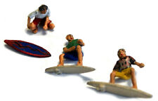 3 Surfers surf board riding waxing F272 UNPAINTED OO Scale Langley Model Figures