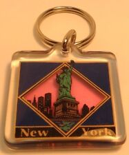 Colorful Square keychain STATUE OF LIBERTY Porte-Cles Carre NEW YORK ~ USA ~