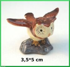 chouette prend son envol,miniature en porcelaine,collection, vitrine,uil  A1-05