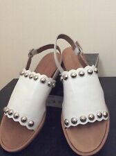 NEW DIANA FERRARI LEATHER SLING BACK SANDALS -  IN WHITE, SIZE 8 1/2 RRP $119.95