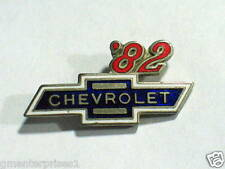 1982 Chevrolet Pin Badge Chevy Auto Pins lapel Hat Tack