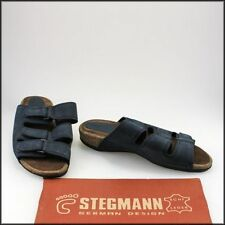 Low (3/4 in. to 1 1/2 in.) Wide (C, D, W) Slip On Sandals & Flip Flops for Women