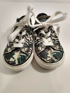 CONVERSE ALL STAR Shoes Unisex's TODDLER Green Camo Size 8 Pre-owned GUC