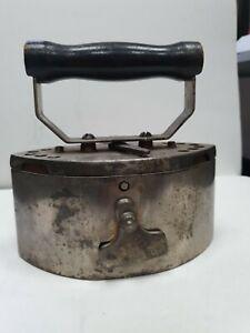Bügeleisen Holzkohle antik USA 1932  selten rare Iron flat repasser