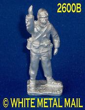 Military Lead Casting LA2600B 24th Foot British Officer with Binoculars