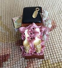 Bespaq/Pat Tyler Dollhouse Miniature Shoe Footwear Display Pink