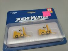Walthers SceneMaster HO #949-4164 Forklift 2-Pack - Assembled -- Yellow (Plastic