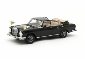 Mercedes Benz 300 SEL Open Landaulette Vatican City (1967) Resin Model Car
