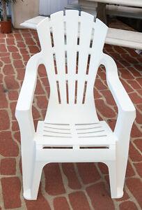 Outdoor Garden Patio Furniture Plastic Adirondack Deck Chair Italia Seat White