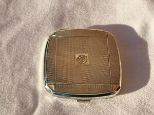 ART DECO SOLID STERLING SILVER COMPACT BIRMINGHAM 1938 B & CO