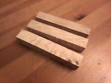 Loupe de frêne pour tournage bois . Carrelet 25x25x150mm lot de 3 pièces