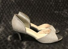 Women's David's Bridal Jadie Sparkly Silver Low Mid Heels Size 8 Wedding Shoes