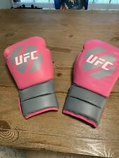 UFC Women's Pink  Cardio Kickboxing Boxing Gloves (10 oz) New No Tags Never Used