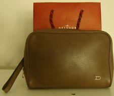 👜 excellente pochette taupe, DELVAUX, modèle déposé. + sac shopping.