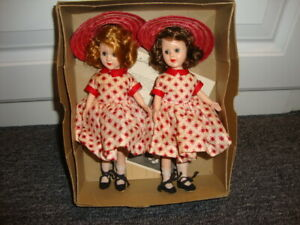 Richwood Sandra Sue MIB twins, dressed