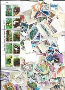 BIG LOT OF STAMPS FROM INDONESIA( 600 )