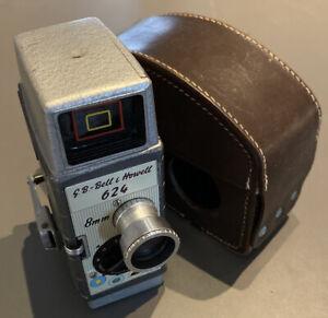 Vintage 1950s Bell & Howell 624 Clockwork 8mm Cine Film Camera WORKING & CASE