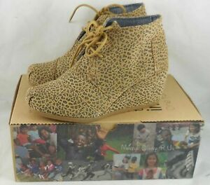 New Womens Toms Cheeta Suede Desert Wedge 5.5 Medium Boots Shoes