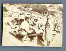 India, Benares, Barbier sur les Ghats de Bénarès  Vintage citrate print. Inde.