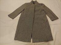 Ann Taylor Black White Patterned Size M Long Sleeve Single Pea Coat Medium