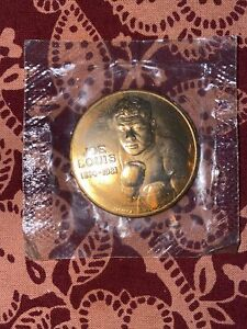 JOE LOUIS 1914-1981 WORLD HEAVYWEIGHT BOXING CHAMPION 1937-1948 COIN 38mm