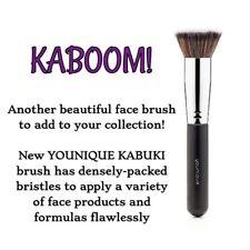 Younique kabuki brush