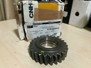 NOS genuine case IH 400005A1 PINION