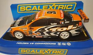 SCALEXTRIC 1:32 RARE HOLDEN VE COMMODORE V8  GOOD CONDITION IN DISPLAY CASE
